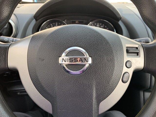 2011 Brilliant Silver Nissan Rogue S Automatic AWD 2.5L 4-Cylinder Engine 4 Door SUV