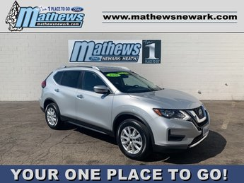 2020 Nissan Rogue SV 4 Door AWD SUV 2.5 L 4-Cylinder Engine Automatic (CVT)