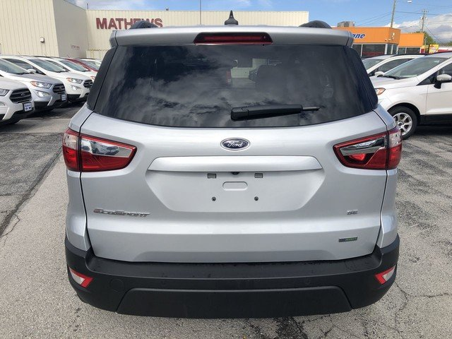 2019 Moondust Silver Metallic Ford EcoSport SE 4 Door SUV FWD