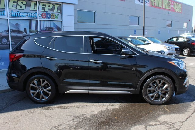 2017 Hyundai Santa Fe Sport 2.0T Ultimate SUV AWD 4 Door