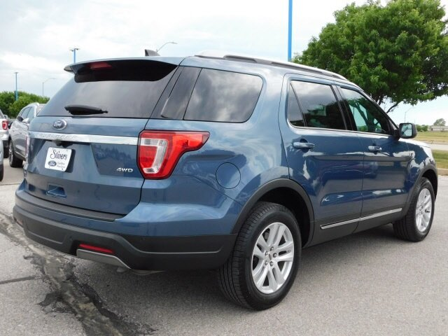 2019 Blue Metallic Ford Explorer XLT Automatic 4X4 3.5L V6 Ti-VCT Engine SUV 4 Door