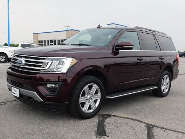 2020 Burgundy Velvet Metallic Tinted Clearcoat Ford Expedition XLT 4 Door 4X4 Automatic SUV EcoBoost 3.5L V6 GTDi DOHC 24V Twin Turbocharged Engine