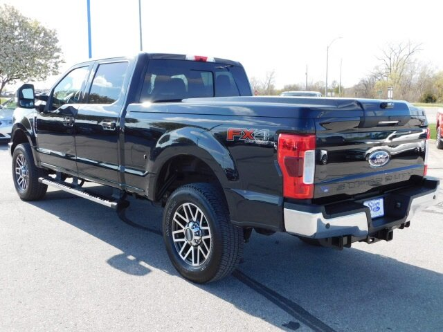 2019 Ford Super Duty F-250 SRW Lariat Automatic Power Stroke 6.7L V8 DI 32V OHV Turbodiesel Engine Truck 4X4 4 Door
