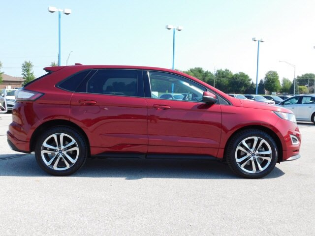2018 Ruby Red Metallic Tinted Clearcoat Ford Edge Sport 4 Door EcoBoost 2.7L V6 GTDi DOHC 24V Twin Turbocharged Engine AWD SUV Automatic