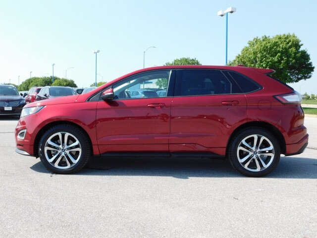 2018 Ruby Red Metallic Tinted Clearcoat Ford Edge Sport EcoBoost 2.7L V6 GTDi DOHC 24V Twin Turbocharged Engine 4 Door SUV AWD