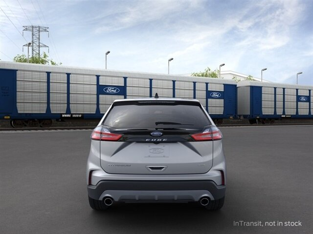 2021 Iconic Silver Metallic Ford Edge Titanium Automatic 4 Door AWD EcoBoost 2.0L I4 GTDi DOHC Turbocharged VCT Engine SUV