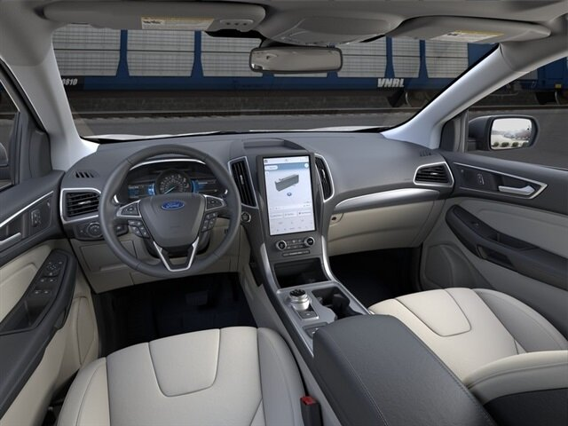 2021 Ford Edge Titanium Automatic SUV EcoBoost 2.0L I4 GTDi DOHC Turbocharged VCT Engine 4 Door