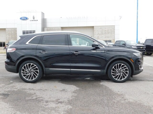 2019 Infinite Black Metallic Lincoln Nautilus Reserve 4 Door AWD SUV 2.7L V6 Engine