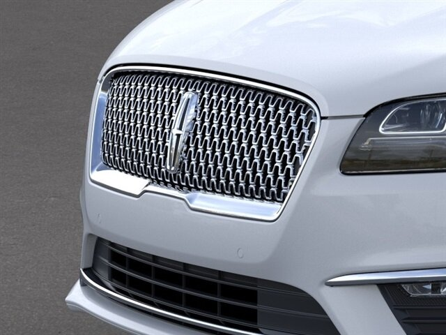 2020 White Platinum Metallic Tri-Coat Lincoln MKZ Reserve FWD 2.0L I4 Engine 4 Door Automatic