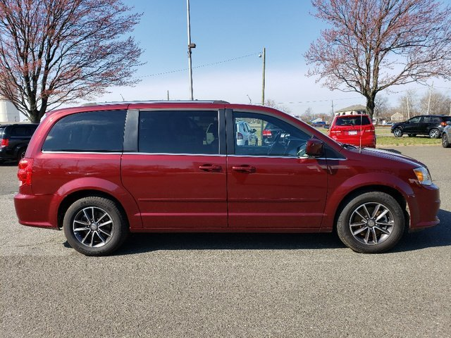 2017 Dodge Grand Caravan SXT FWD 4 Door Van Automatic