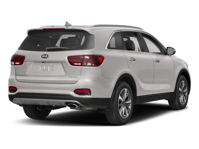2019 Sparkling Silver Kia Sorento LX FWD Automatic Regular Unleaded I-4 2.4 L/144 Engine 4 Door