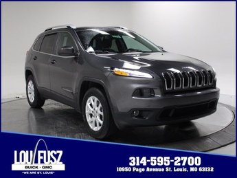 2017 Granite Crystal Metallic Clearcoat Jeep Cherokee Latitude Automatic 4 Door AWD