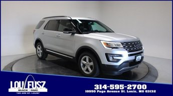 2016 Ingot Silver Metallic Ford Explorer XLT Automatic SUV AWD Regular Unleaded V-6 3.5 L/213 Engine