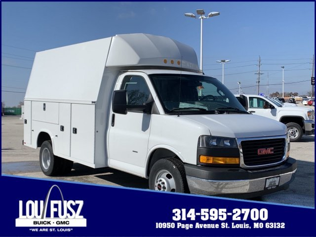 2019 Summit White GMC Savana Commercial Cutaway Work Van RWD Gas V8 6.0L/364 Engine Car
