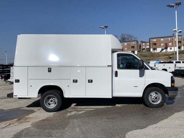 2019 GMC Savana Commercial Cutaway Work Van Gas V8 6.0L/364 Engine Car 2 Door RWD Automatic