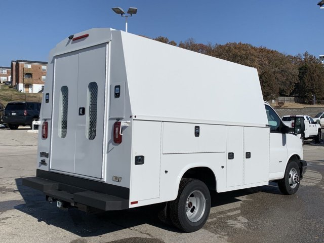 2019 Summit White GMC Savana Commercial Cutaway Work Van Automatic 2 Door RWD