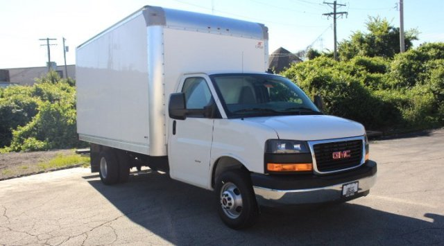 2019 GMC Savana Commercial Cutaway Work Van Specialty Vehicle Cutaway RWD Automatic Gas V8 6.0L/364 Engine