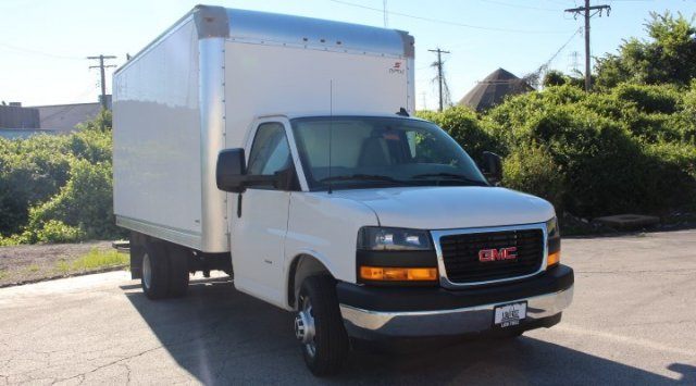 2019 GMC Savana Commercial Cutaway Work Van RWD 2 Door Specialty Vehicle Cutaway Gas V8 6.0L/364 Engine