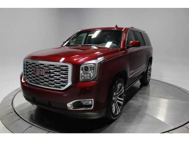 2018 Crimson Red Tintcoat GMC Yukon Denali Automatic Gas V8 6.2L/376 Engine SUV 4 Door 4X4