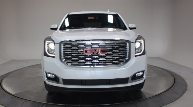 2020 White Frost Tricoat GMC Yukon Denali Automatic SUV 4X4 4 Door Gas V8 6.2L/376 Engine