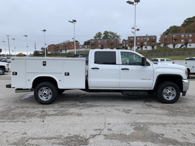 2019 GMC Sierra 2500HD Base 4 Door Turbocharged Diesel V8 6.6L/403 Engine Truck