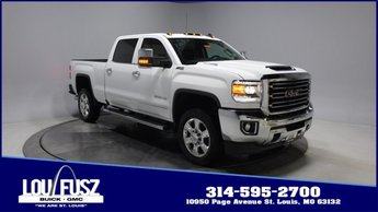 2019 Summit White GMC Sierra 2500HD SLT Turbocharged Diesel V8 6.6L/403 Engine 4 Door Truck Automatic