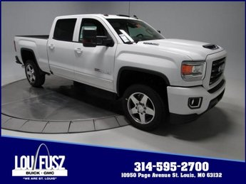 2018 Summit White GMC Sierra 2500HD SLT 4 Door Automatic Turbocharged Diesel V8 6.6L/403 Engine Truck 4X4