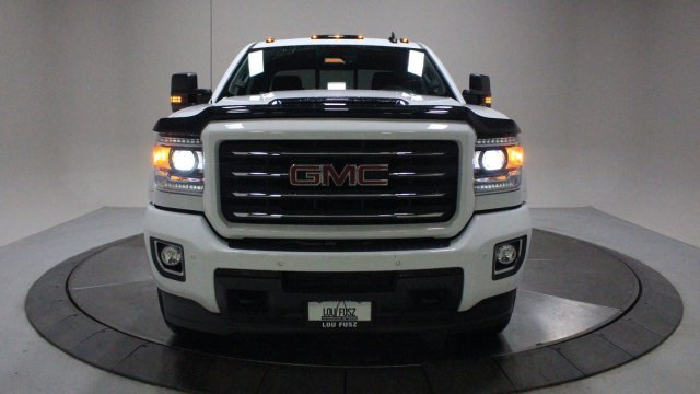 2018 GMC Sierra 2500HD SLT Truck Automatic Turbocharged Diesel V8 6.6L/403 Engine
