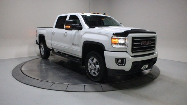 2018 Summit White GMC Sierra 2500HD SLT Truck Automatic 4X4 4 Door Turbocharged Diesel V8 6.6L/403 Engine