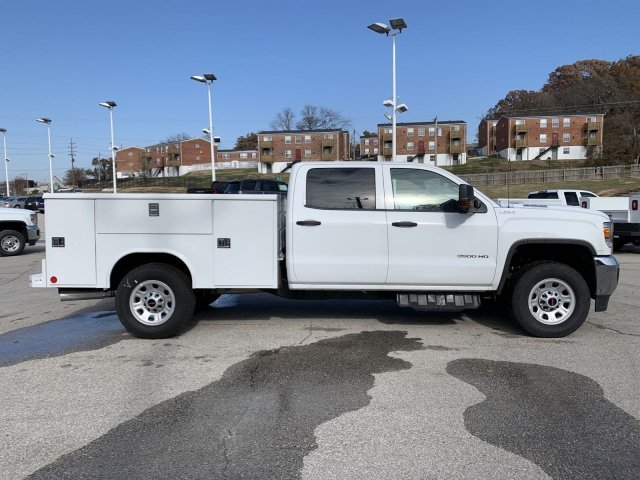 2019 Summit White GMC Sierra 3500HD Base 4X4 Automatic Turbocharged Diesel V8 6.6L/403 Engine Truck 4 Door