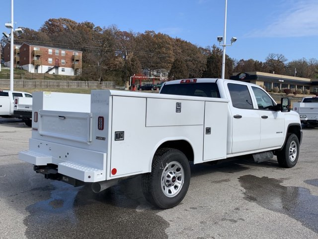 2019 GMC Sierra 3500HD Base Turbocharged Diesel V8 6.6L/403 Engine 4 Door Automatic 4X4
