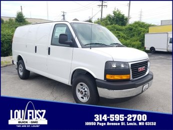 2019 Summit White GMC Savana Cargo Van Work Van Gas/Ethanol V8 6.0L/364 Engine 3 Door RWD