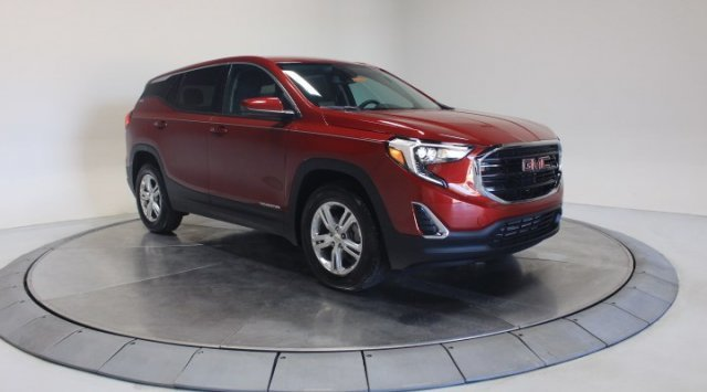 2020 Red Quartz Tintcoat GMC Terrain SLE 4 Door FWD Turbocharged Gas/E15 I4 1.5L/92 Engine SUV Automatic