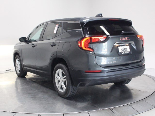 2020 Graphite Gray Metallic GMC Terrain SLE SUV FWD Automatic Turbocharged Gas/E15 I4 1.5L/92 Engine 4 Door