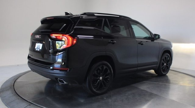 2020 Ebony Twilight Metallic GMC Terrain SLT Automatic Turbocharged Gas/E15 I4 2.0L/122 Engine FWD 4 Door SUV
