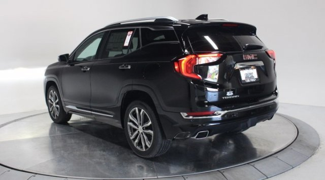 2020 Ebony Twilight Metallic GMC Terrain Denali Turbocharged Gas/E15 I4 2.0L/122 Engine Automatic SUV 4 Door FWD