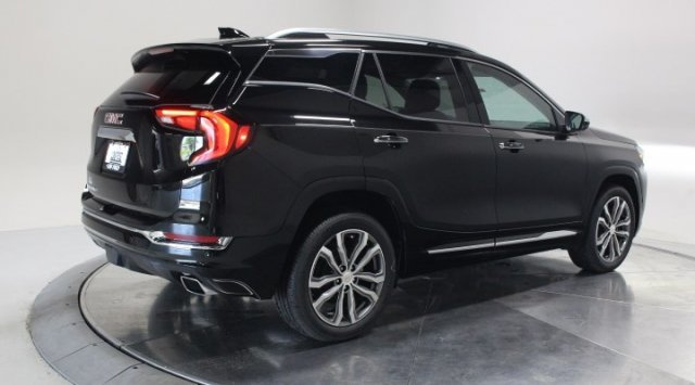 2020 Ebony Twilight Metallic GMC Terrain Denali 4 Door FWD Automatic Turbocharged Gas/E15 I4 2.0L/122 Engine