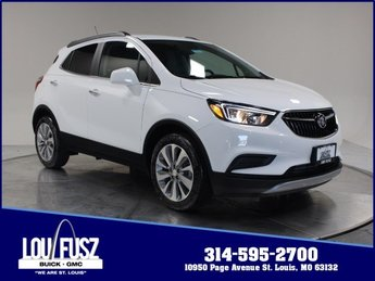 2020 Summit White Buick Encore Preferred FWD Turbocharged I4 1.4/83 Engine Automatic 4 Door