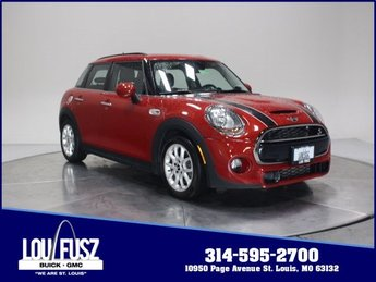2017 Chili Red MINI Hardtop 4 Door Cooper S FWD Hatchback Automatic